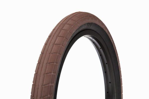 BSD Donnasqueak Tire-3330