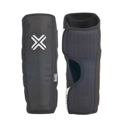 Fuse Alpha Shin Whip Pads / KIDS M-L (Black)