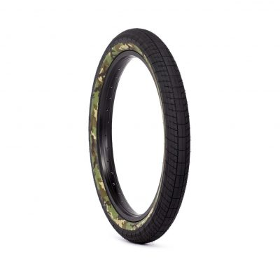 SaltPLUS STING Tire (Black)