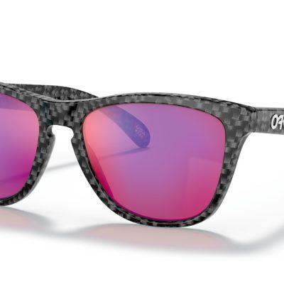 Oakley Frogskins™ (Carbon Fiber Frame, Prizm Positive Red Iridium Lenses)
